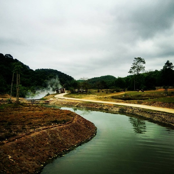 Suối Khoáng Bang - Điểm nghỉ ngơi thú vị tại Quảng Bình