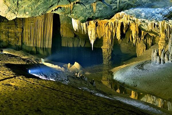 Thám hiểm Động Thiên Đường 7000m, tour du lịch Quảng Bình