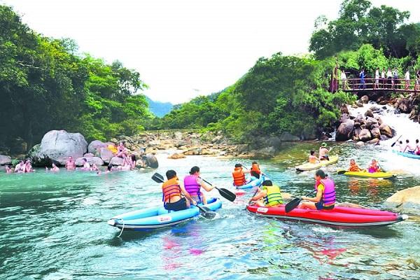 Phong Nha Cave – Quang Binh Travel (3 D 2 N)