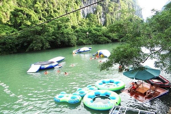 Phong Nha cave - Dark cave