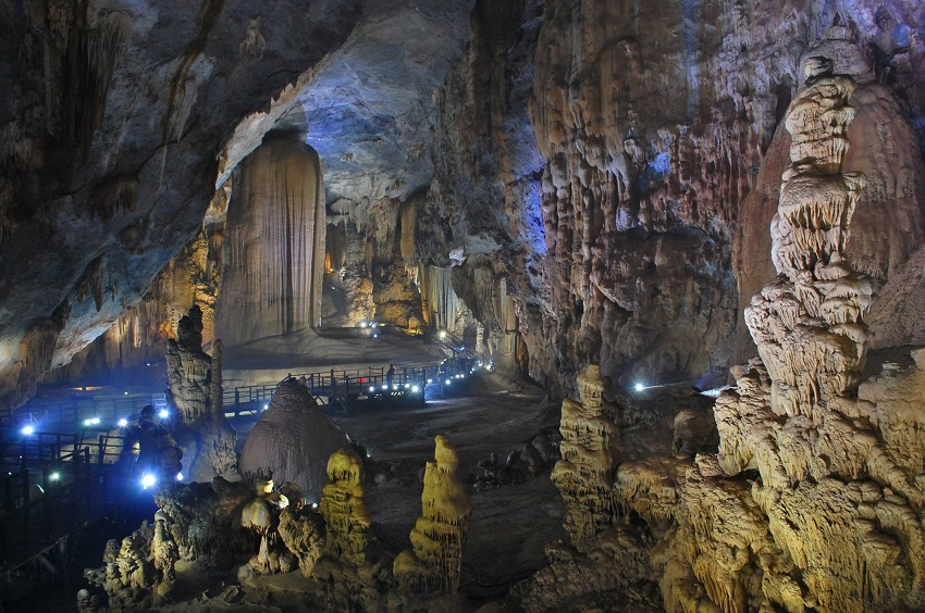 TOUR DU LỊCH HUẾ - ĐỘNG THIÊN ĐƯỜNG 1 NGÀY, tour du lịch Quảng Bình