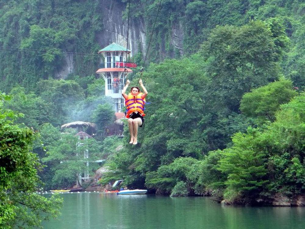 Trải nghiệm tour mạo hiểm trong vườn quốc gia Phong Nha Kẻ Bàng