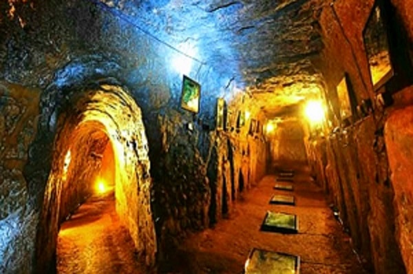 DMZ– Vinh Moc Tunnel – Hien Luong Bridge – Quang Tri Ancient Citadel