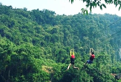 Phong Nha Cave - Nuoc Mooc Stream