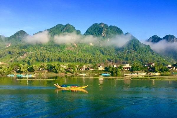 Du lịch Động Phong Nha