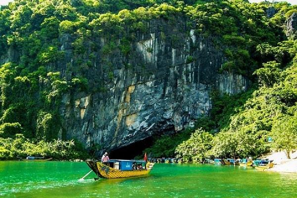 Động Phong Nha - Vũng Chùa - Đảo Yến - Đá Nhảy - Cồn Cát